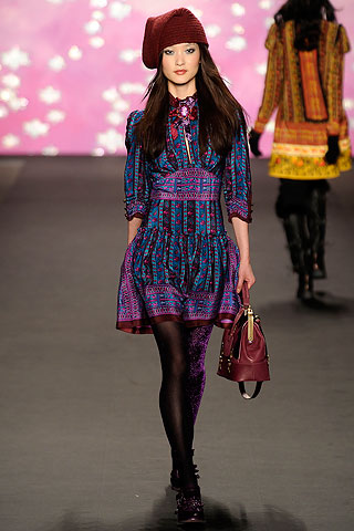 Anna Sui 2009 Fall Runway Look