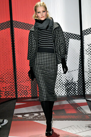 DNKY charcoal houndstooth suit