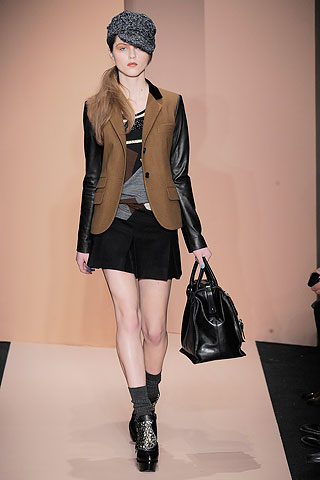 DKNY Fall 2010 colorblocked sweater