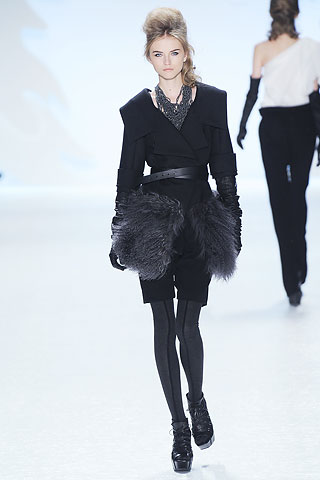 Vera Wang Fall 2010 Collection