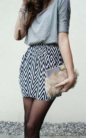 asos-feather-clutch.jpg