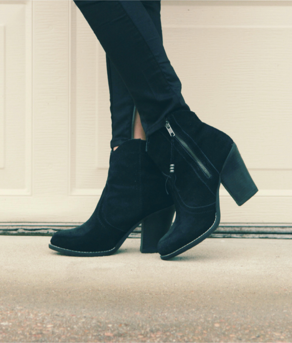 medium heeled ankle boots