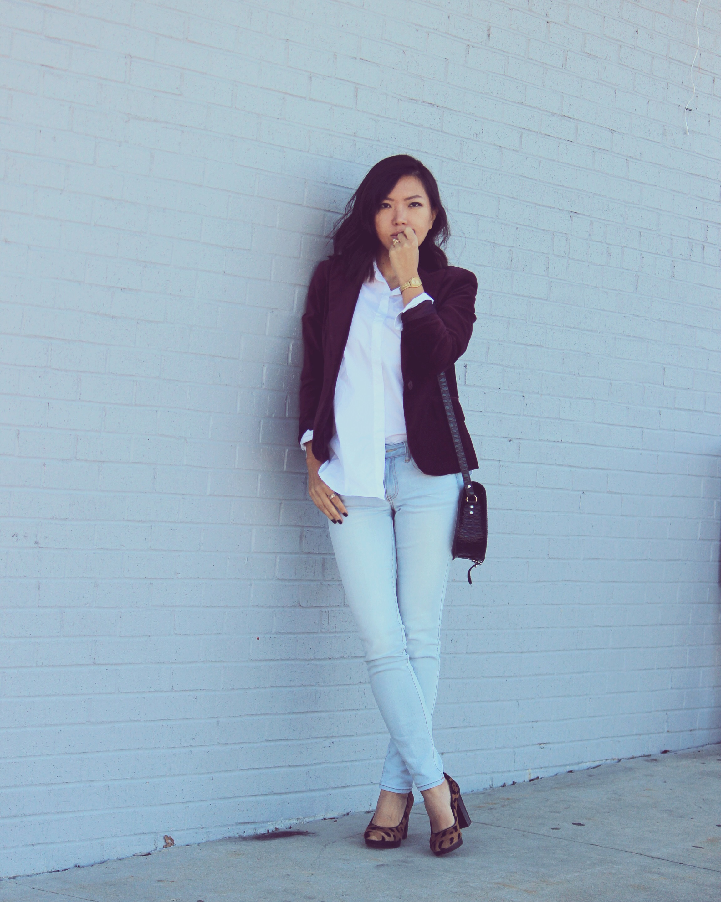 women's blazer work outfit
