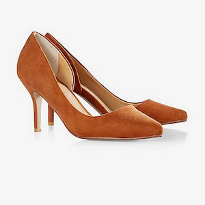 pointy dorsay pumps