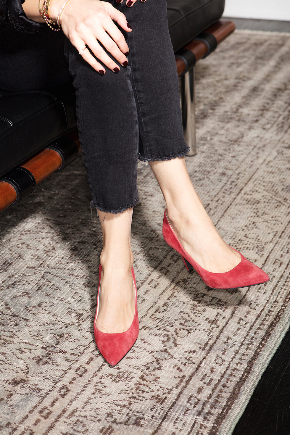 black jeans red pumps
