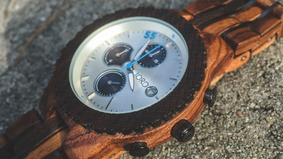 A Whole New Stylish (Wood) Watch + $100 gift code!